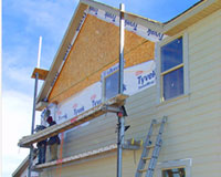Curb Appeal Roofing and Construction Installs Siding